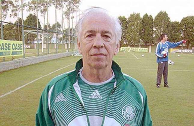 Valdir de Moraes - Foi um dos maiores goleiros da história do Palmeiras, clube que defendeu entre 1958 e 1968. Embora tenha morrido no início deste ano, deixou para sempre seu legado no clube paulista e no futebol brasileiro. Depois que se aposentou, revolucionou a preparação de goleiros no Brasil, ajudando a formar uma geração que colocou os defensores brasileiros entre os melhores do mundo