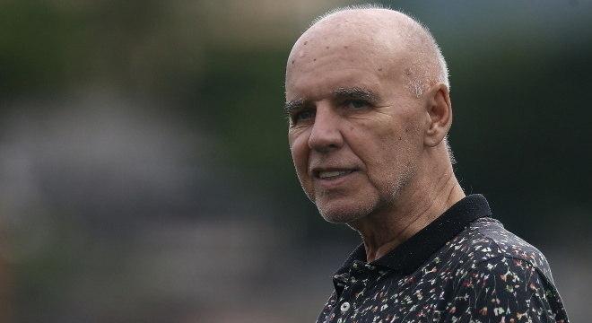 Resultado de imagem para Morre Valdir Espinosa, treinador campeão mundial com Grêmio