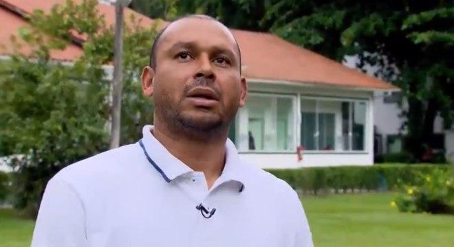 Valdiram foi internado duas vezes para se livrar de vícios