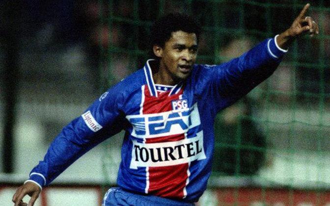Valdo atuou entre 1991 e 1995 no PSG. São 144 jogos, 15 gols e nove assistências. Conquistou quatro títulos pelo clube.