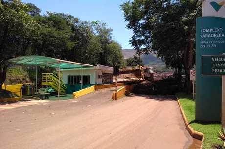 Engenheiros da mineradora estão presos em Minas Gerais