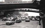 O viaduto do Chá, no Vale do Anhangabaú em 1972.