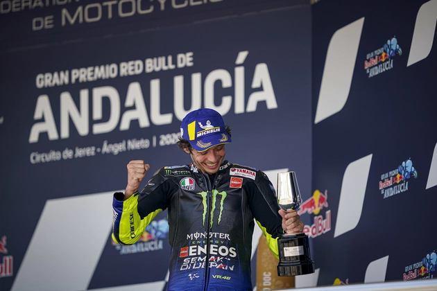 Valentino Rossi é heptacampeão na classe rainha do Mundial de Motovelocidade
