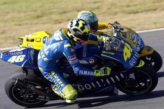 Valentino Rossi estreou na Yamaha em 2004 com uma vitória no GP da África do Sul