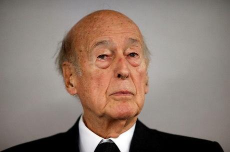 Ex-presidente francês morre de covid-19