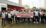 Voluntários em Osasco (SP)