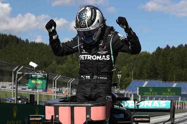Valtteri Bottas comemora os 25 pontos conquistados com a vitória no Red Bull Ring