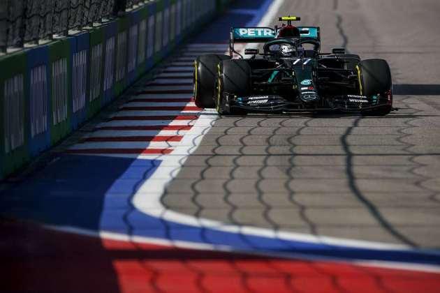 Valtteri Bottas foi o mais rápido do dia em Sóchi