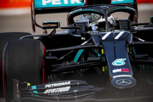 Valtteri Bottas larga em terceiro após liderar os treinos de sexta