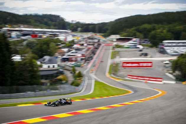 Valtteri Bottas liderou o primeiro treino livre do dia em Spa-Francorchamps