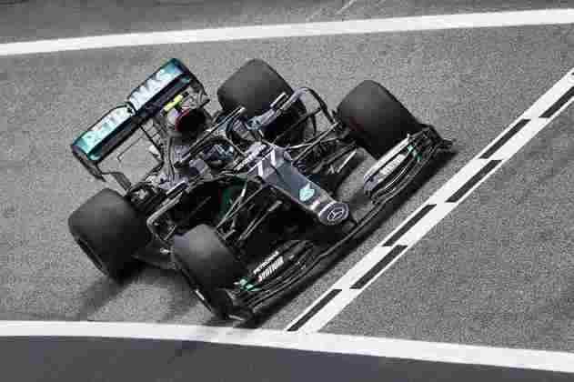 Valtteri Bottas liderou o TL1 em Barcelona, mas ficou em segundo no combinado do dia