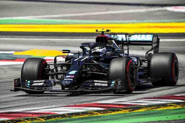 Valtteri Bottas novamente ficou na primeira fila do grid, mas agora em segundo
