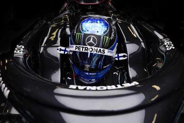 Valtteri Bottas também renovou o contrato por mais um ano e segue como fiel escudeiro de Hamilton na Mercedes