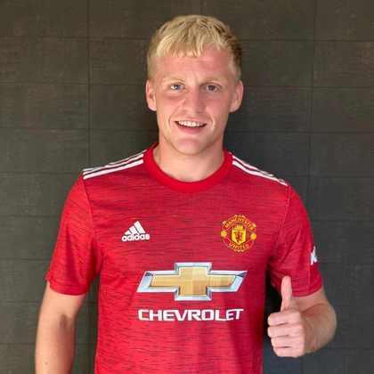 VAN DE BEEK - Vai defender o Manchester United, que o comprou ao Ajax por R$ 245 milhões (39 milhões de euros)
