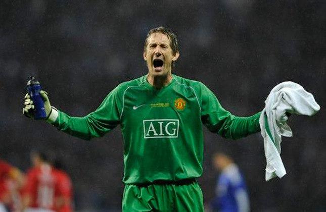 Van der Sar - goleiro holandês foi titular da final contra o Barcelona e sofreu dois gols. Hoje está aposentado.
