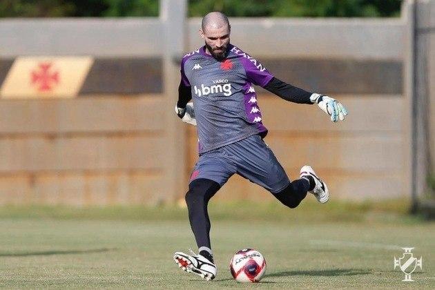 Vanderlei (goleiro) - 27 partidas pelo Vasco.