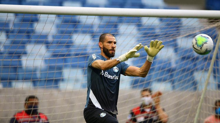 Vanderlei - Goleiro - 37 anos - Último clube: Grêmio
