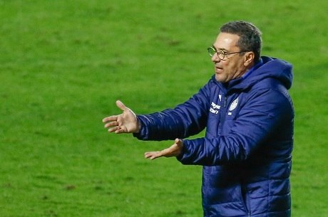 Luxemburgo é o 3º que mais comandou o Palmeiras