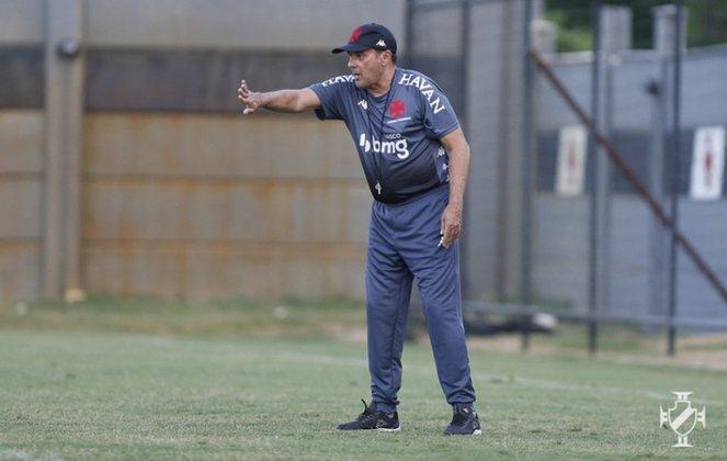 VANDERLEI LUXEMBURGO: O consagrado treinador chegou ao Vasco em janeiro de 2021 com a missão de livrar o time do rebaixamento no Brasileirão. Não conseguiu. E deixou o Gigante da Colina no mês seguinte. Luxa está livre no mercado desde então