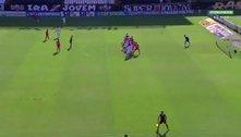 VAR 'descalibrado' no gol do Inter. Brasileiro manchado