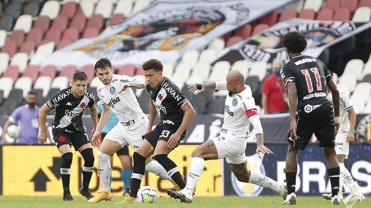 Vasco 0 x 1 Palmeiras - 8/11/2020 - Luiz Adriano bateu um pênalti, Fernando Miguel defendeu, mas o próprio centroavante fez o gol no rebote.