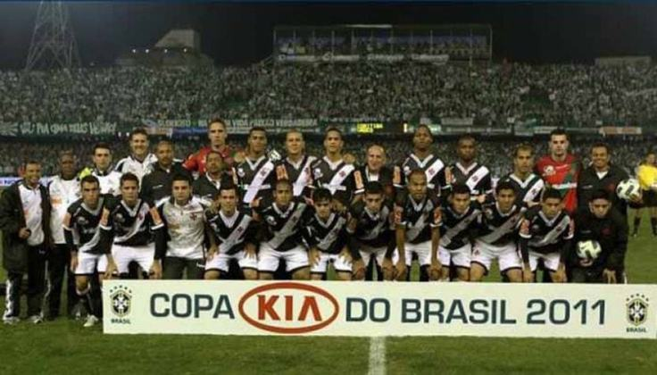Vasco: 1 título (2011)