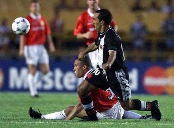 Vasco 3 x 1 Manchester United - 8/1/2000 - O jogo, pela edição histórica do Mundial de Clubes, foi mais um baile de gala daquela histórica geração vascaína.