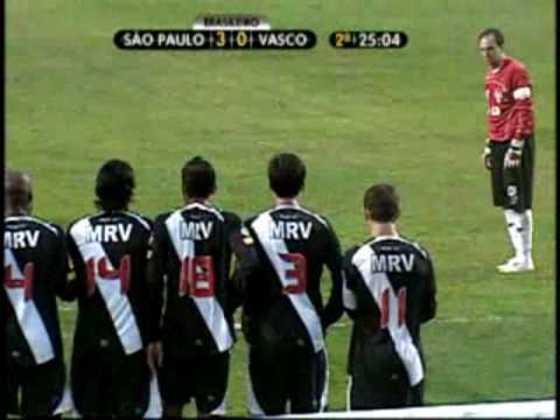 Vasco - 5 gols: Ceni marcou cinco vezes diante do Gigante da Colina, sendo três de falta e dois de pênalti.