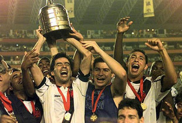 Vasco: O Vasco da Gama também é outro time com 4 títulos internacionais (1 Libertadores, 1 Campeonato Sul-Americano de Campeões, 1 Torneio Octogonal Rivadavia Corrêa Meyer e 1 Copa Mercosul)