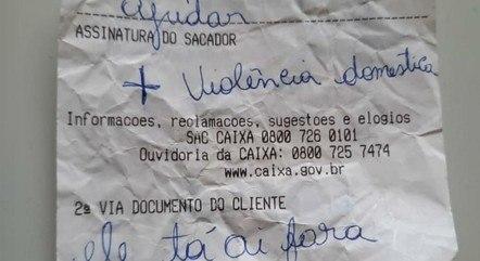 No DF, mulher pede socorro no extrato bancário