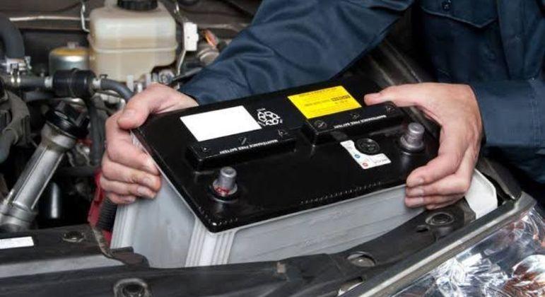Se a bateria de reposição for uma de tecnologia diferente poderá acorrer a diminuição da vida útil