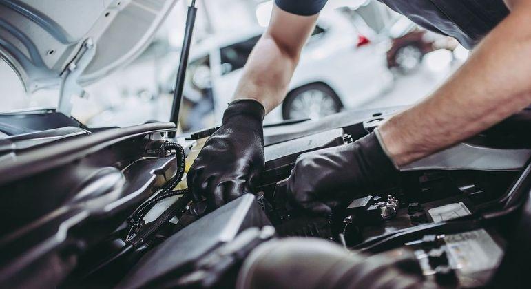 Sempre faça a manutenção preventiva do carro