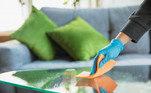 Sevocê é trabalhadora doméstica ou contratou uma profissional para trabalhar emsua casa ou escritório, saiba que a marca Veja® possuios melhores produtos para limpar os cômodos com mais facilidade e da formacorreta. Os produtos da marca Veja foram desenvolvidos para cada tipo desujeira e superfície, Veja® temexatamente o que sua casa precisa para ser limpa e organizada.Quando o assunto é limpeza, você já sabe, Veja® tem o produto ideal. Confiraos principais produtos da marca para manter a casa limpa