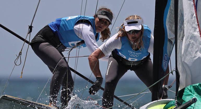 Martine Grahel e Kahena Kunze ganharam a medalha de ouro na classe 49er FX