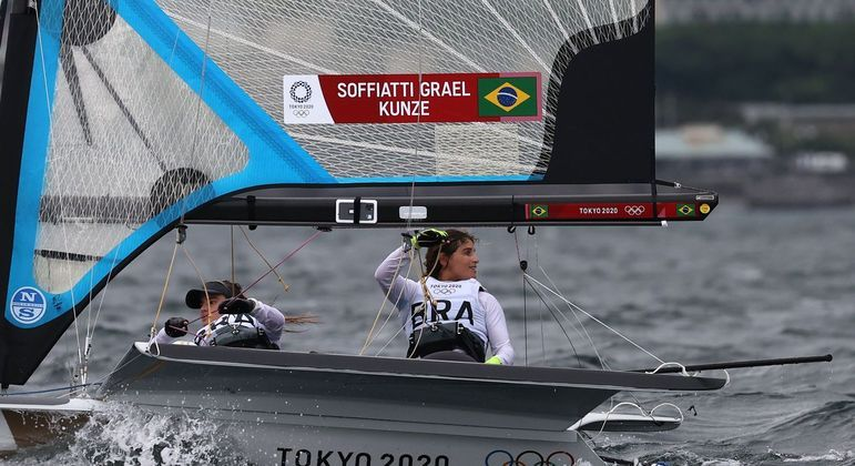 Martine Grael e Kahena Kunze buscam o bicampeonato olímpico na vela