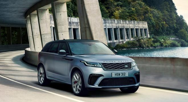 Velar SVAutobiography com dianteira, traseira, rodas e conjunto de motor exclusivo: V8 de 550cv