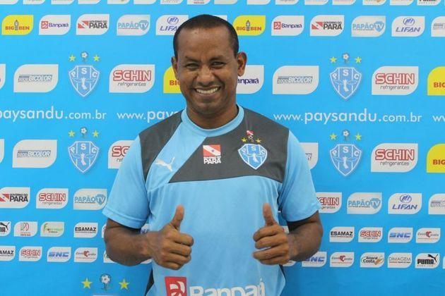 VÉLBER - O meia era reserva e deixou o São Paulo em 2006, para jogar no Fortaleza, retomando uma carreira de passagens por clubes menores até se aposentar em 2016 no time que o marcou: o Paysandu. Tem 42 anos hoje.