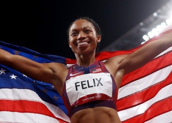 Estados Unidos - Valor pago pela medalha de ouro: 37,5 mil dólares (aproximadamente R$ 197 mil) - Valor pago pela medalha de prata: 22,5 mil dólares (aproximadamente R$ 118 mil) - Valor pago pela medalha de bronze: 15 mil dólares (aproximadamente R$ 78 mil)