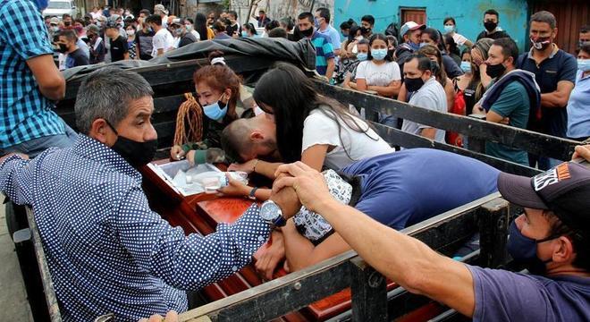 Pelo menos 14 jovens foram assassinados em duas semanas na Colômbia