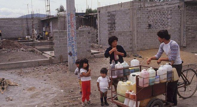 Esmili avalia que o confinamento é ainda mais difícil em regiões onde a maioria da população vive da economia informal