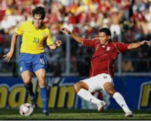 Venezuela 0 x 4 Brasil - Eliminatórias da Copa do Mundo de 2010 - A última goleada da Seleção contra a Venezuela foi em outubro de 2008, valendo a classificação para a Copa de 2010. Robinho, duas vezes, Kaká e Adriano marcaram em San Cristóbal.