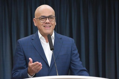 Ministro Jorge Rodriguez fez anúncio nesta quarta