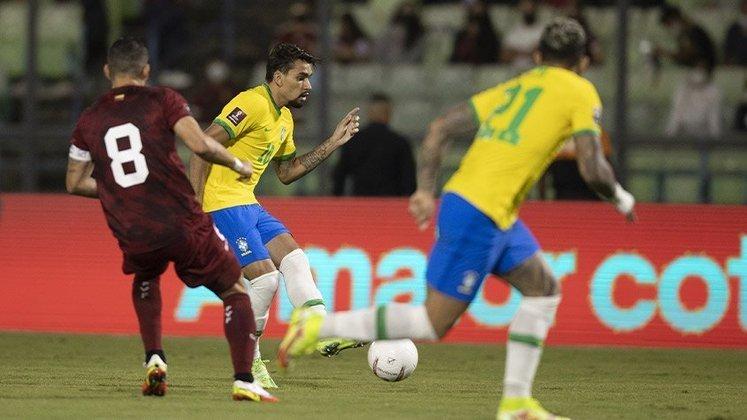 VENEZUELA - SOBE - Soteldo foi o homem da Venezuela em campo. Se movimentou bem e deu a assistência para o gol da equipe. DESCE - O sistema defensivo não conseguiu segurar as jogadas de velocidade dos jovens do Brasil e sofreu a virada.
