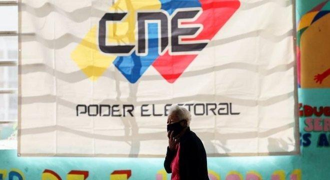 A Venezuela foi às urnas com a previsão de que o partido no poder seria favorecido