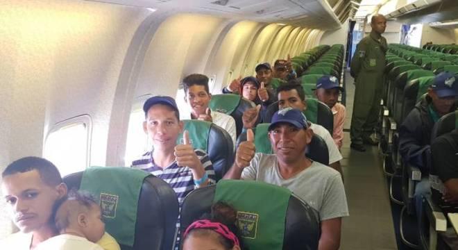 Cerca de 100 imigrantes venezuelanos chegaram a SP nesta quinta