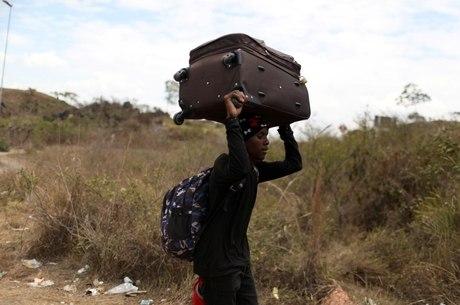 Migração de venezuelanos gerou acúmulo de pedidos
