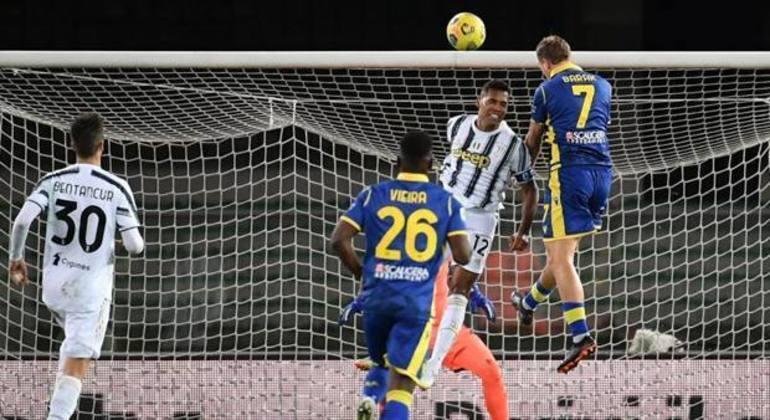 Barak, o gol de empate do Verona, contra a Juve