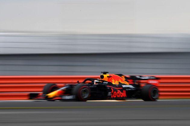 Verstappen deu apenas 15 voltas na segunda sessão de treinos livres para o GP dos 70 Anos