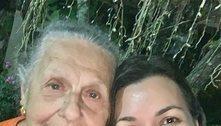 Viúva de Ricardo Boechat ganha flor da sogra no Dia dos Namorados