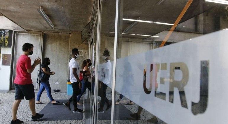 Vestibular da Uerj é adiado novamente devido ao agravamento da pandemia